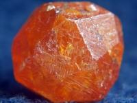 Granat, spessartyn